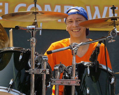 Live performances at Dutch King's Day.